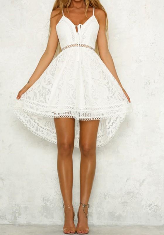 Mi-longue robe en dentelle bretelle à lacets dos nu irrégulière haut-bas  mode e4f655b7f16
