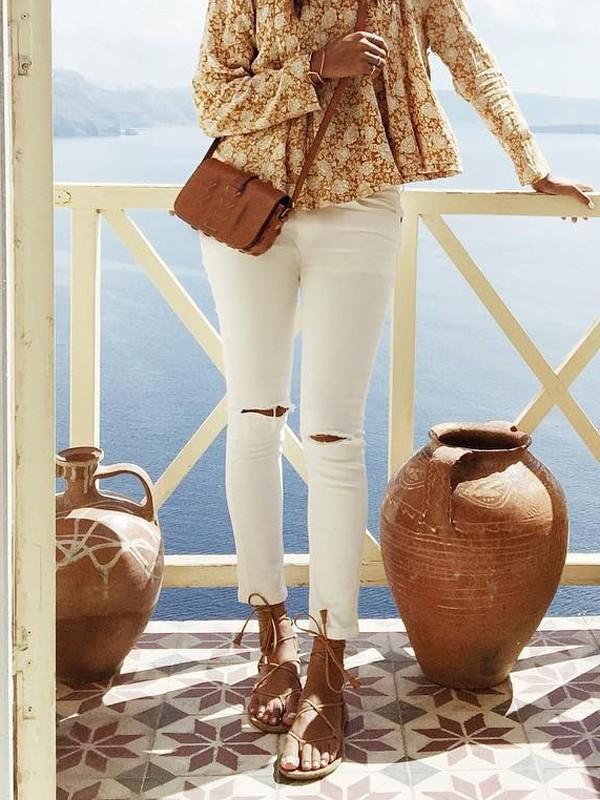 online neuer Stil von 2019 Schnelle Lieferung Weiß Destroyed Knöpfen Cut Out Bodycon Zerrissene Shredded Jeans  Röhrenjeans Mode Hose Damen