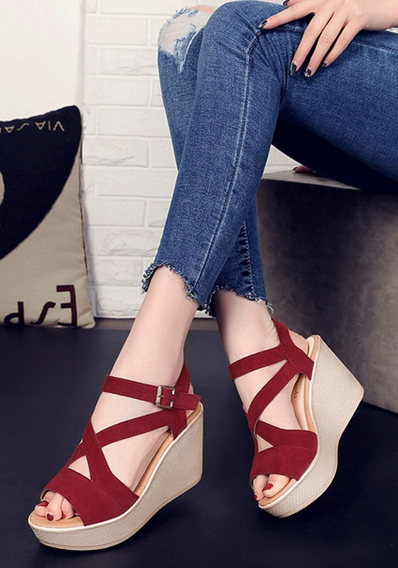 Wine red piscine mouth wedges buckle casual sandals for Piscine wine