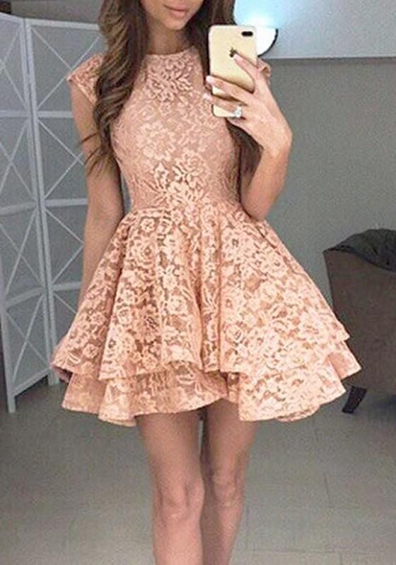Mini robe rose dentelle