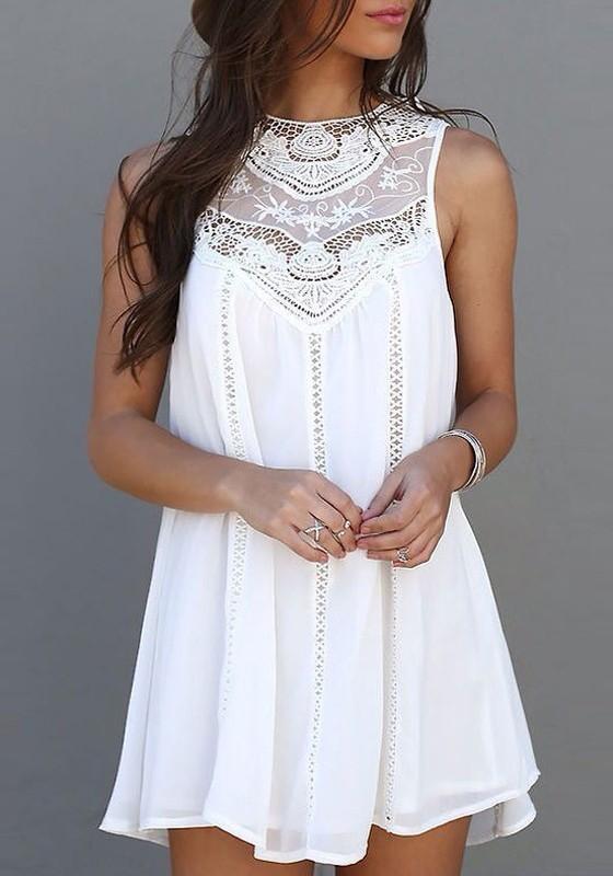 f1967049a34 Mini-robe courte avec dentelle drapé sans manches mode d été plage blanc