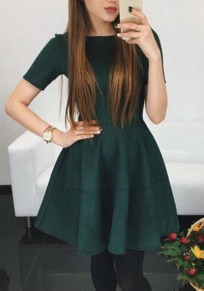 Green Plain Pleated Zipper Round Neck Fashion Mini Dress