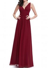 Robe longue en mousseline drapé décolleté dos v-cou sans manches élégant de soirée rouge lie de vin