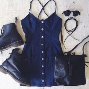 Mini vestido botones de correa de espagueti jean azul