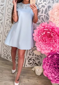 Mini-robe courte avec dentelle ceinture col rond manches courtes élégant bleu clair