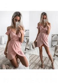 Mini abito v-collo con pizzo irregolare dolce rosa