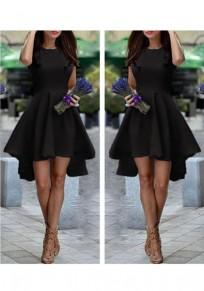 Midi-robe irrégulière col rond sans sans manches mode noire
