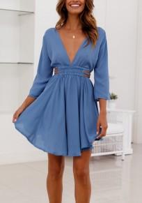 Mini-robe découpes fluide dos nu décolleté plongeant manches 3/4 mode bleu