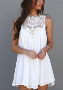 Mini-robe trapèze mousseline avec dentelle sans manches mode boho blanc