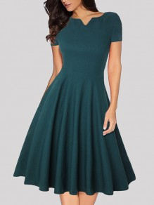 Green Pleated V-neck Short Sleeve Vintage Midi Dress