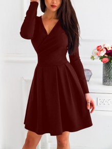 Wine Red Pleated V-neck Long Sleeve Elegant NYE Prom Homecoming Party Mini Dress