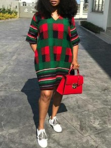 Green-Red Plaid Pockets V-neck Half Sleeve Christmas Casual Midi Dress