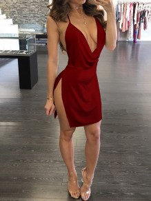 Burgundy Side Slit Spaghetti Strap Plunging Neckline Bodycon Clubwear Party Mini Dress