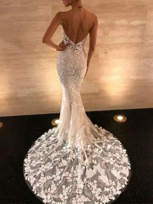 White Patchwork Lace V-neck Spaghetti Strap Backless Mermaid Maxi Dress