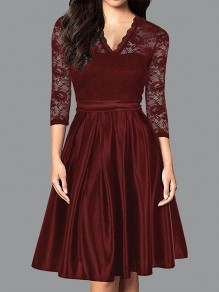 Burgundy Patchwork Lace Pleated V-neck 3/4 Sleeve Elegant Party Midi Dress