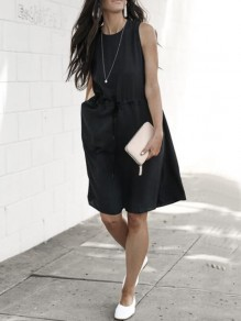 Black Pockets Drawstring Round Neck Sleeveless Fashion Midi Dress