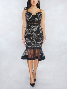 Black Floral Lace Cut Out Patchwork Grenadine Peplum V-neck Spaghetti Straps Homecoming Party Midi Dress