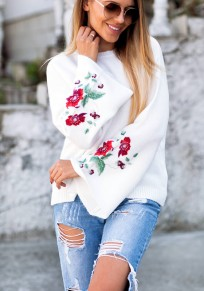 White Flowers Embroidery Round Neck Casual Pullover Sweater
