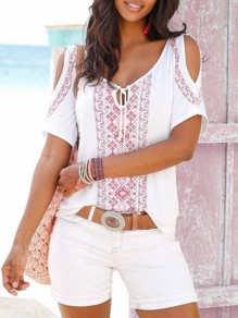 White Floral Cut Out Print Round Neck Fashion T-Shirt