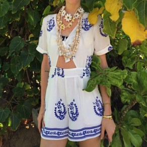 White Floral Cut Out Mid-rise National Loose Short Jumpsuit