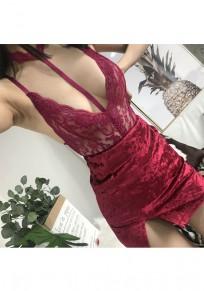 Shorts jumpsuit dentelle fleurie découpess à mode dos nu vin rouge