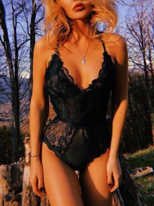 Black Floral Lace Deep V-neck Spaghetti Strap Backless Leotard High Waisted Short Jumpsuit
