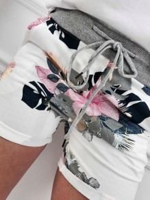 White Floral Drawstring Pockets Fashion Shorts
