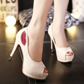 Apricot Round Toe Stiletto Rhinestone Lip Print Fashion High-Heeled Shoes