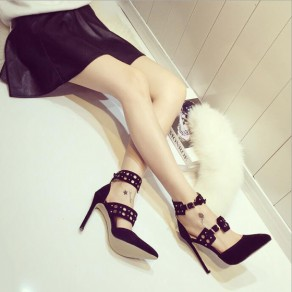 Black Point Toe Stiletto Buckled Fashion High-Heeled Shoes