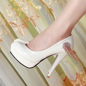 White Round Toe Stiletto Rhinestone Tassel Fashion High-Heeled Shoes