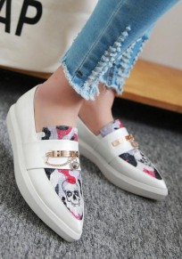 White Round Toe Flat Skull Pattern Casual Shoes