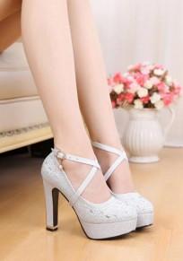 Chaussures bout rond grosse boucle mode à talons hauts argenté