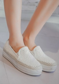 Weiße runde Zehe flache beiläufige Schuhe