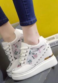 Chaussures à l'intérieur de la grenade rivet supérieure à la mode à lame lourde blanche