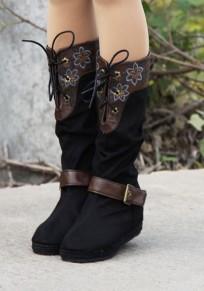 Schwarze runde Zehe innerhalb der höheren Stickerei Mode Mitte-Kalb-Aufladungen