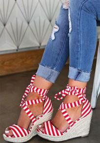 Sandales talon compensé rayé croix sangle cheville mode femme mariniere rouge et blanc