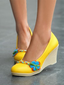 Yellow Round Toe Flower Fashion High-Heeled Shoes