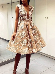 White Patchwork Lace Appliques Plunging Neckline Backless Party Tutu Homecoming Party Midi Dress