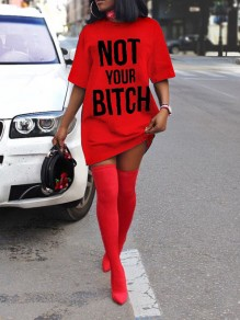 "Mini vestido ""not your bitch"" manga corta cuello redondo casual rojo"