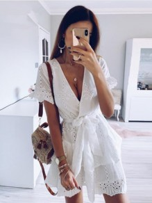 White Lace High Neck Sleeveless Fashion Mini Dress