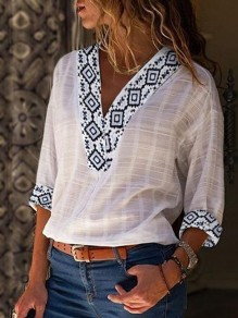 White Geometric Print Going out Three Quarter Length Sleeve Blouse
