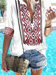 White Floral Print V-neck Elbow Sleeve Fashion T-Shirt