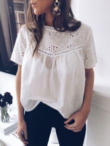 Blouse avec broderie anglaise manches courtes mode femme top blanc
