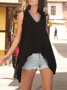 Black Floral Irregular V-neck Fashion T-Shirt