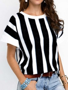 Black Striped Pattern Vintage Comfy Round Neck Fashion T-Shirt