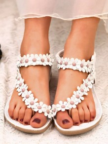 White Round Toe Flat Flower Sweet Sandals