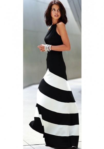 Robe maxi longue rayé dos nu fluide sans manches élégant noir et blanc