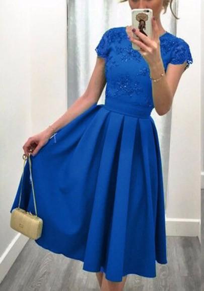 Mi-longue robe patineuse avec paillette plissé dos nu élégant bal de promo bleu