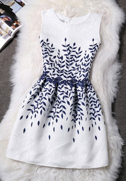 White-Blue Floral Zipper Pleated Round Neck Cute Homecoming Vintage Skater Mini Dress