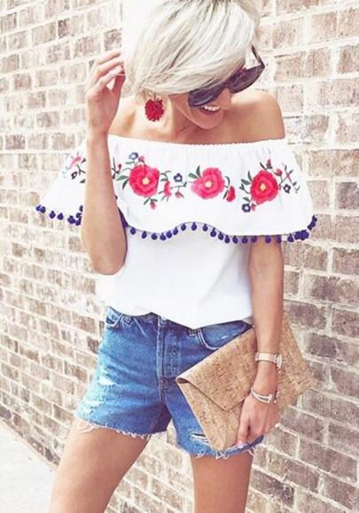 Weiß Blumendruck Boot-Ausschnitt Rüschen Quaste Off Shoulder Mode Bluse Damen Oberteile